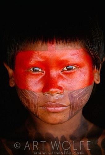 Brazil | Kayapo boy, Kapoto village, Para | © Art Wolfe