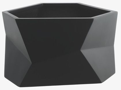FACETED Wide black faceted fiberglass planter