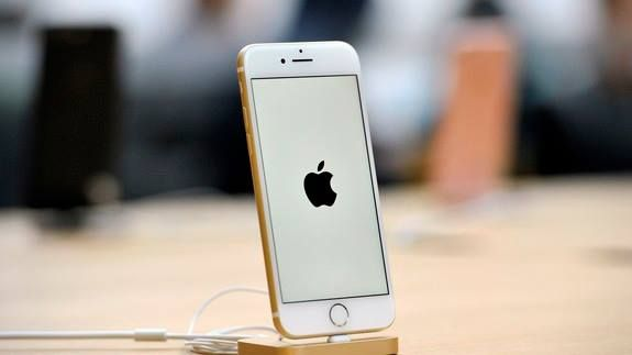 Apple wants India to relax rules that disrupt its minimalist product design Read more Technology News Here --> http://digitaltechnologynews.com  Now that Apple intends to start manufacturing iPhones in India it has decided to get a few things sorted upfront.   India has strict labeling rules for products and Apple wants its government to relax them. The smartphone giant will not disturb its minimalist design by printing product-related information directly onto devices the Economic Times…