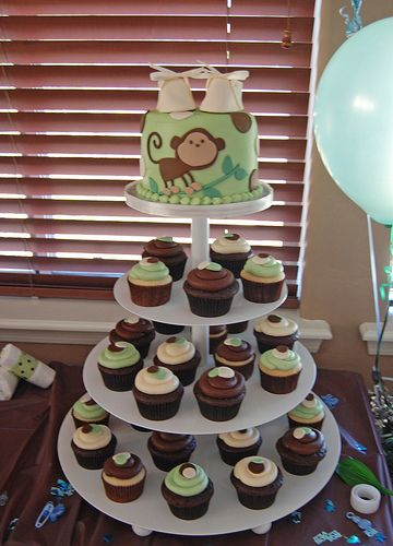 Instead of cake, serving monkey themed cupcakes is a great idea for your monkey baby shower party!