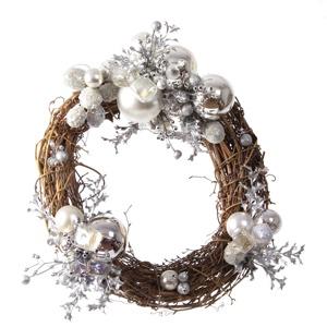 Corona pequeña blanca de 30cm de diametro. 35€