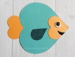Hoe je deze leuke vis van hartjes en ook nog andere dieren zelf kunt knutselen staat op mijn blog Homemade by Joke.