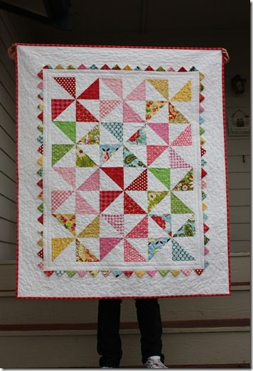 pinwheel quilt with picot edges full size! LOVE IT!