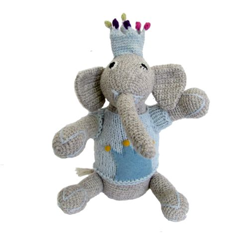 A lovely handmade Elephant Prince. Made of 100% pure wool from New Zealand and dyed with eco-friendly colours. -   #sendateddy #gift #elephant #handmade #eco #enviroment