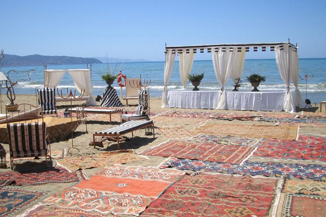 Matrimonio in spiaggia, al mare. Preludio catering & banqueting, addobbi e allestimenti per matrimoni. Wedding settings ideas, wedding inspiration.
