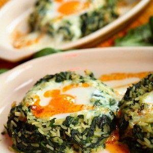Рис со шпинатом и фетой по-гречески (Spanakorizo)