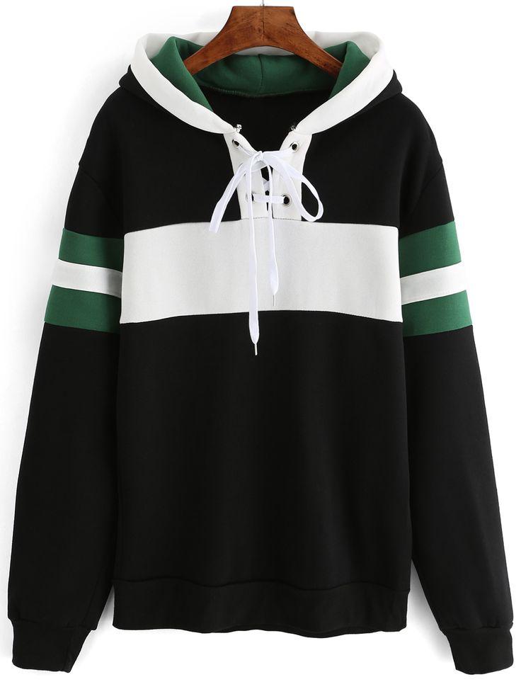 Sweat-shirt avec capuche à rayure avec lacet - noir