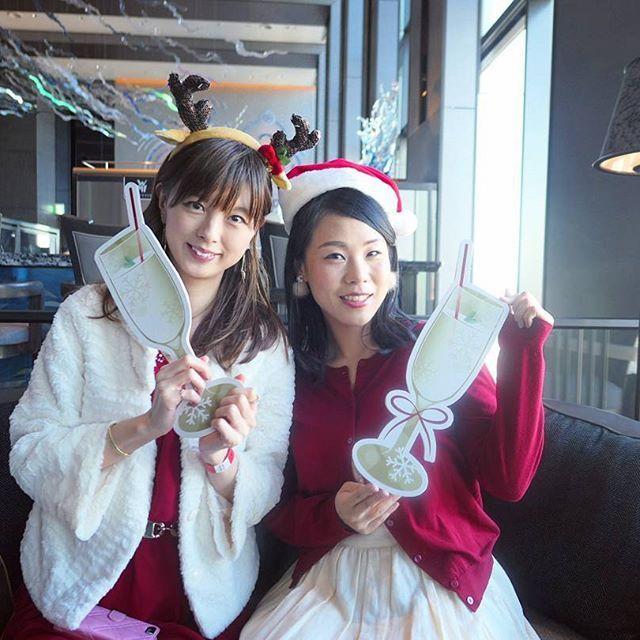 GINGERのクリスマスパーティーに来たよ\(^o^)/  会場は品川プリンスホテル♪  ごはんが美味しすぎる〜!笑  のむヨーグルト✕トマトがツボでした★  ・   #gingerxmasparty #GINGER   #クリスマスパーティー  #パーティーフード  #品川プリンスホテル  #のむヨーグルト  #sparkyogurt  #ペリエ  #とびっきりの  #ローラメルシエ  #コフレドール  #コフレライフ  #キャンペーン参加中  #daksクリスマスジャンパーデー