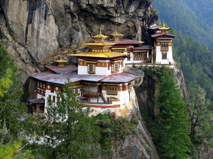 Taktsang Monastery (Tiger's Nest), Paro, Bhutan - Actual Real Life Construction