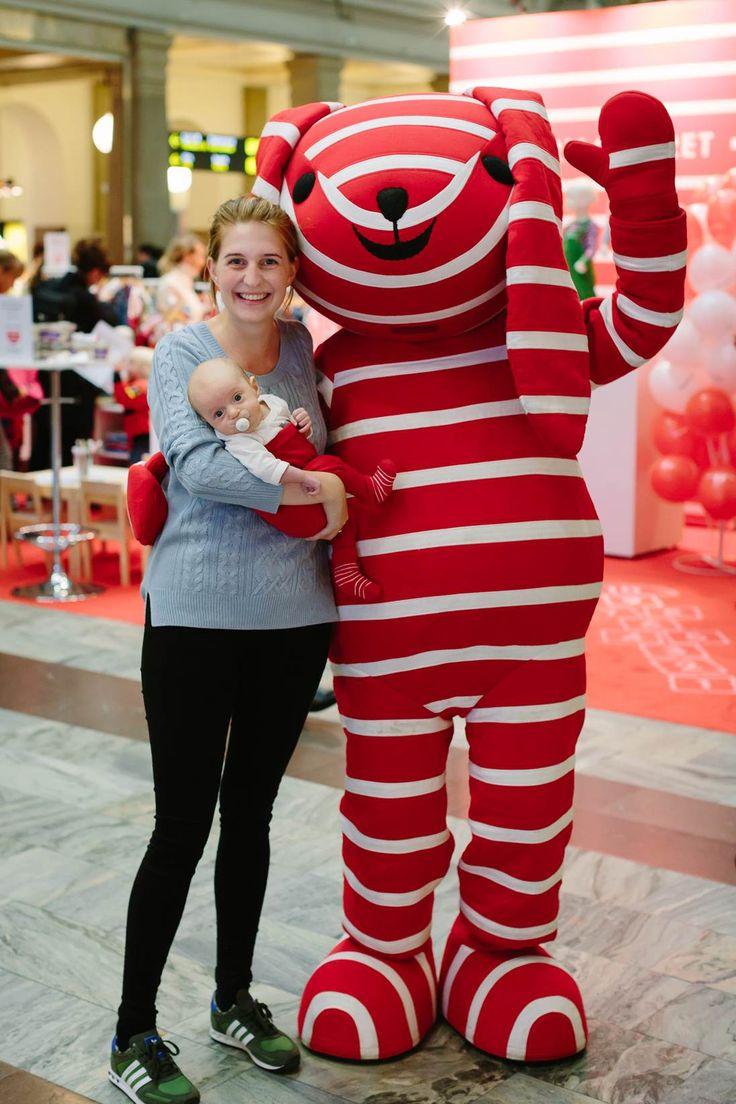 Poppy - Sweden #mascot #costume #character #sweden