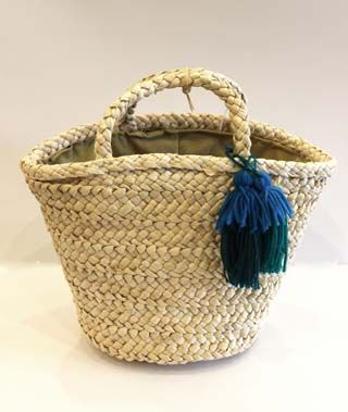 Cute baby market baskets with tassels