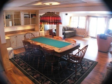 Poker, Pool and Bar in the recreation room on the lower lake view level