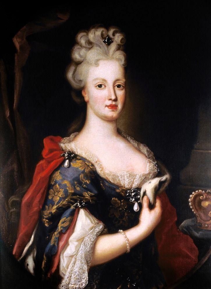 Rainha de Portugal, Donna Maria Ana de Austria attributed to Pompeo Batoni (Palácio Nacional da Ajuda - Lisboa, Portugal) the lost gallery