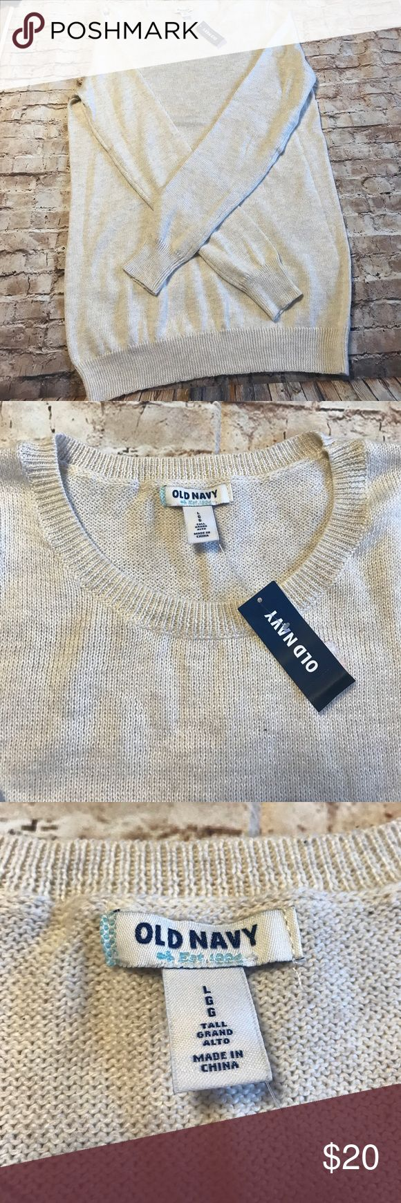 Old Navy Sweater Old Navy Sweater. New with tags. 🚫No trades. 🚫No Modeling. 🚭 Smoke-free home. 📐 Available upon request. ✅All reasonable offers accepted. 💕Thank you for viewing my item. Old Navy Sweaters Crew & Scoop Necks