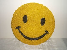VINTAGE 1970's PLASTIC POPCORN SMILEY FACE WALL DECORATION1970S Plastic, Vintage 1970S