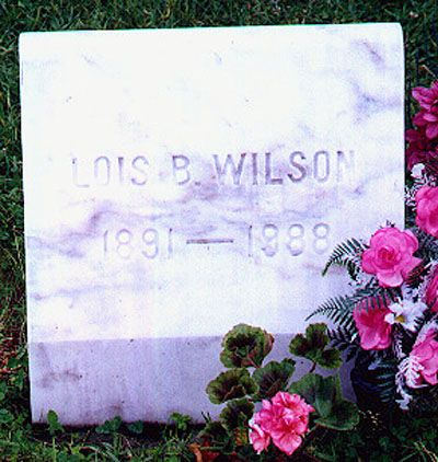 Lois Wilson's Gravestone. Alcoholics Anonymous Archival Photos are a great way to honor the co-founders of AA - even though that is not what AA and recovery is about. It is wonderful to know our family history. AA is so very special and so unlikely!!!! https://www.serenityvista.com