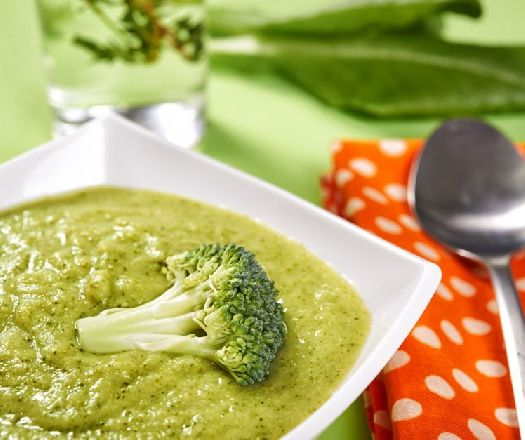 Egy finom Egyszerű tejszínes brokkolikrémleves ebédre vagy vacsorára? Egyszerű tejszínes brokkolikrémleves Receptek a Mindmegette.hu Recept gyűjteményében!