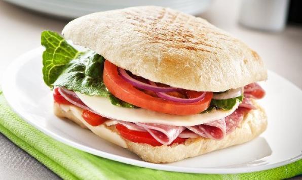 À Notre Gout - Sandwich au salami Artisan