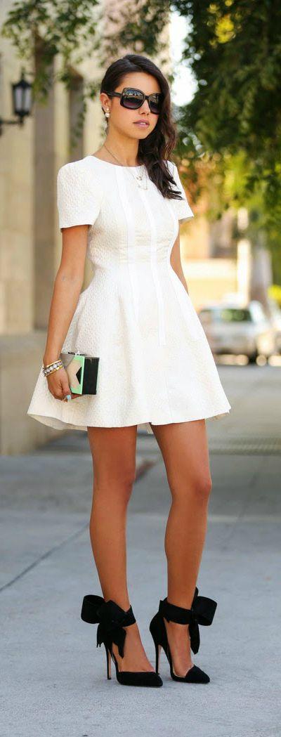 Fall street fashion: PEARL OBSESSION  MISE EN DIOR EARRINGS by VivaLuxury