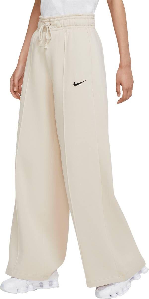 Nike Women S Sportswear Trend Essential Fleece Wide Pants In 2020 Sportswear Trends Fleece Pants Women Sportswear Women