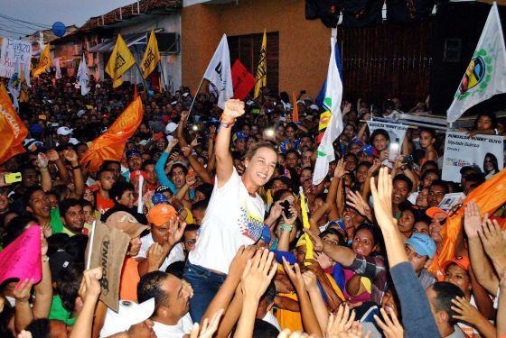 ADS-BE HUMAN: La violencia irrumpe en la campaña electoral venez...