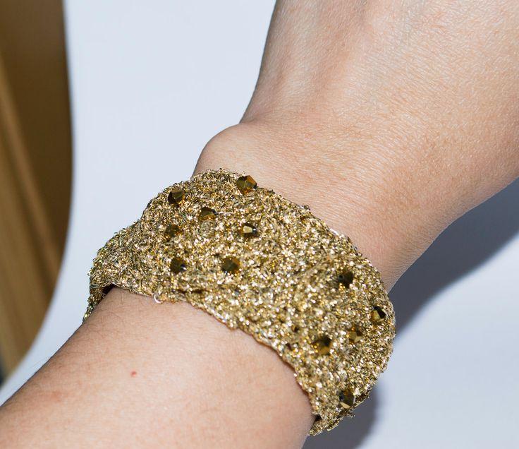 Handmade Crochet Unique Women's Bracelets  Antique Gold & Crystals by UnikacreazioniShop on Etsy