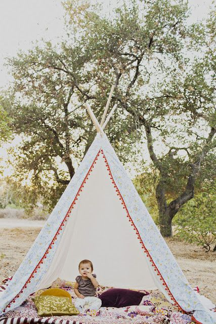 Okay so Iu0027m sourcing some inspiration for my teepee project today! I think teepeeu0027s are the most magical and cool element you can add to . & Best 25+ Teepee tutorial ideas on Pinterest   Diy kids teepee ...