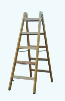 WOOD DOUBLE LADDER