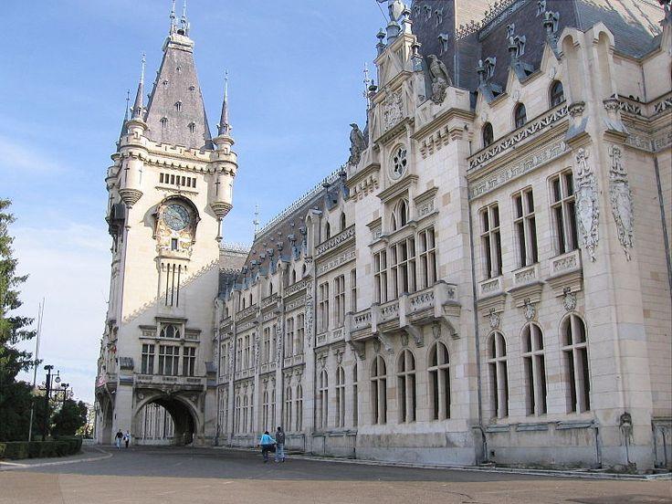 Palace of culture. Iasi. Romania. www.romaniasfriends.com