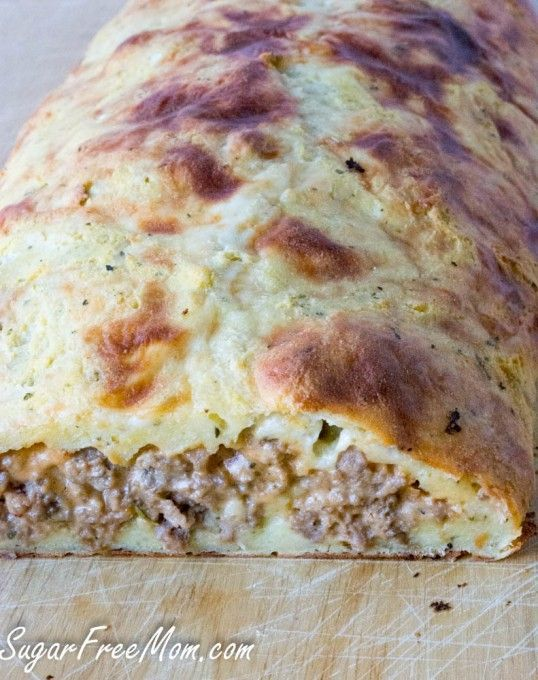 Low Carb Grain Free Bacon Cheeseburger Calzone #glutenfree #grainfree