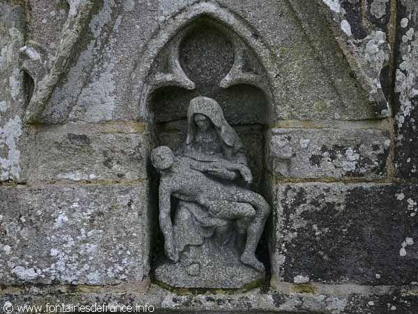 la Fontaine de Notre-Dame du Drennec. Clohars-Fouesnant. Bretagne