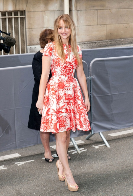Jennifer Lawrence in Christian Dior - love it (although the hair's a bit of a mess).
