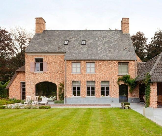 Home in Waasmunster. Realization by Building+(Wetteren, Belgium).