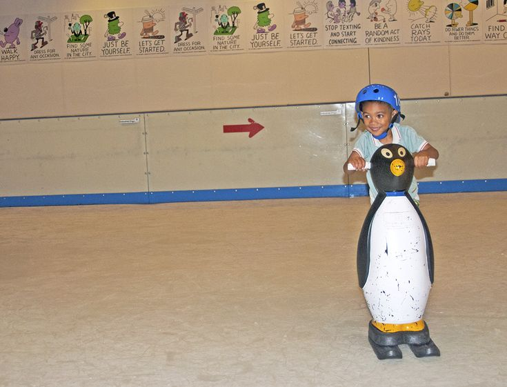 DuringChristmas, I've been meaning to take Ethan ice skating but there were so many things going on that we managed to missed out this opportunity.…