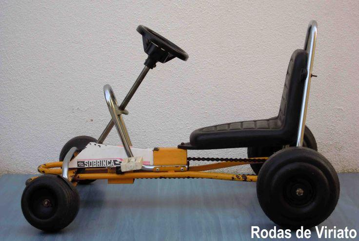 carros de 4 rodas a pedais