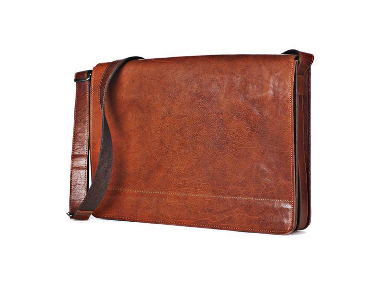 En väska för esteten som har behovet av att få med sig material större än standard