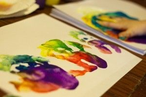 finger-painting-kids