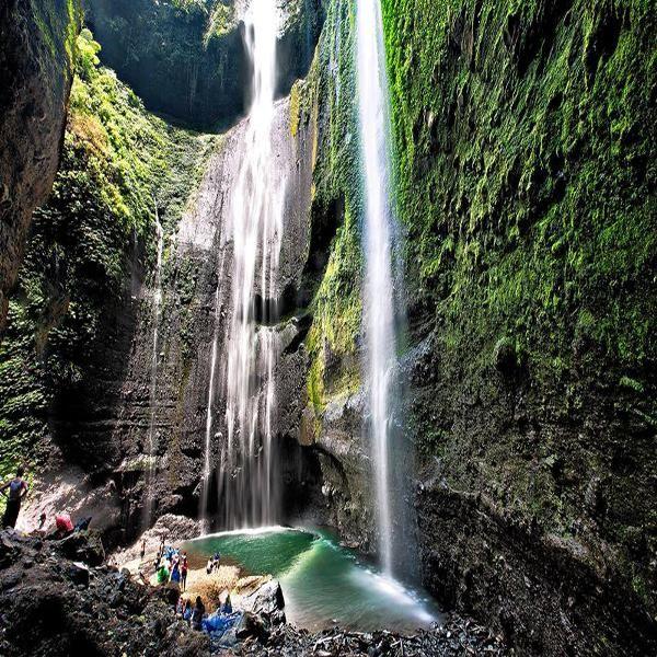 Jual beli Paket Wisata Bromo - Air Terjun Madakaripura 2D1N di Lapak Cerita Jawa Timur - cerita_jawa_timur. Menjual Travel & Hiburan - PAKET WISATA BROMO DAN AIR TERJUN MADAKARIPURA 2D1N (2Hari 1Malam)  Menikmati sensasi Liburan Seru ke Bromo bersama teman atau keluarga adalah pengalaman yang sangat menakjubkan. Untuk menjawab kebutuhan Paket Liburan Murah, kami memberikan penawaran Paket Bromo sekaligus ke air terjun Madakaripura. Paket Bromo yang kami tawarkan adalah paket yang pal...