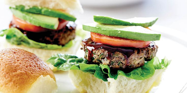 RECIPE: Super Sliders with Homemade Tomato Dipping Sauce  - Kids on the Coast / Kids in the City