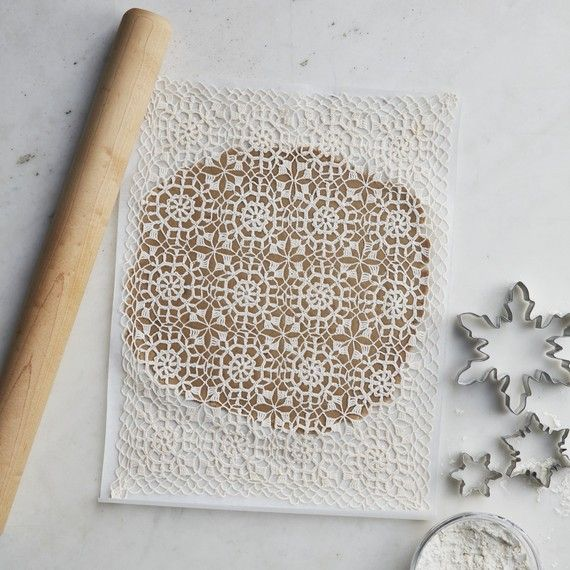 How to Use a Doily to Decorate Snowflake Cookies This Holiday Season