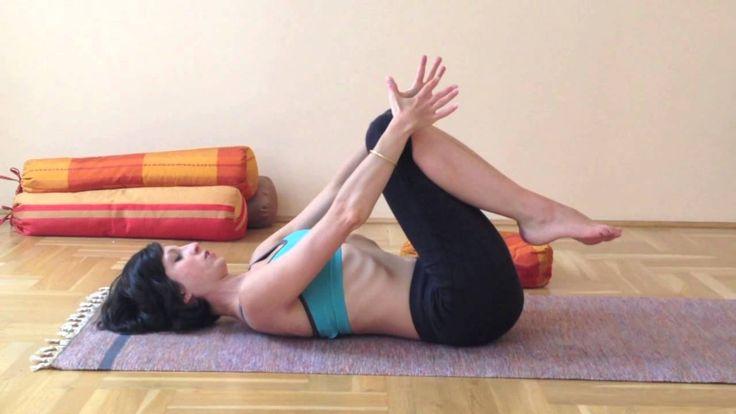 Jóga otthon - a derék, a gerinc és a nyak átmozgatása ülőmunkát végzőknek