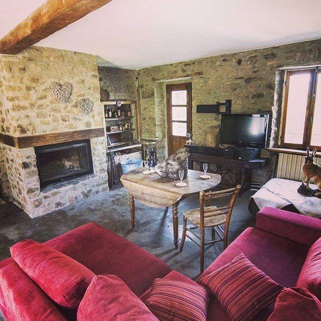 #lacadellafonte #valgotra #valtaro #lunigiana #luxury #stonehouse #casainsasso
