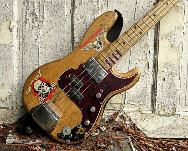 "Bass of the Week: Jon Willis' Billy Sheehan ""Wife"" Bass Replica"