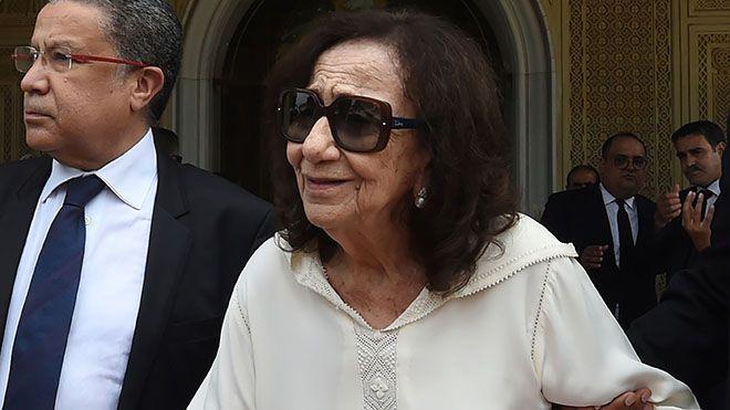 وفاة أرملة الرئيس التونسي الراحل الباجي قائد السبسي توفيت الأحد شدلي ة قائد السبسي 83 عاما أرملة الرئي Square Sunglasses Men Mens Sunglasses Square Sunglass