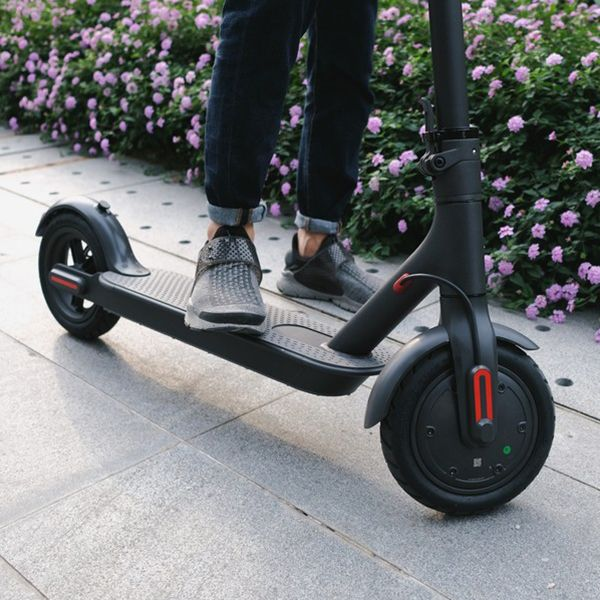 Xiaomi M365 IP54 12,5kg Ultra-light 30km Long Life Folding Elektrische Scooter intelligent BMS Double Brake System 25 km / h Max. Laden 100kg Twee Wielen Elektrische Scooter