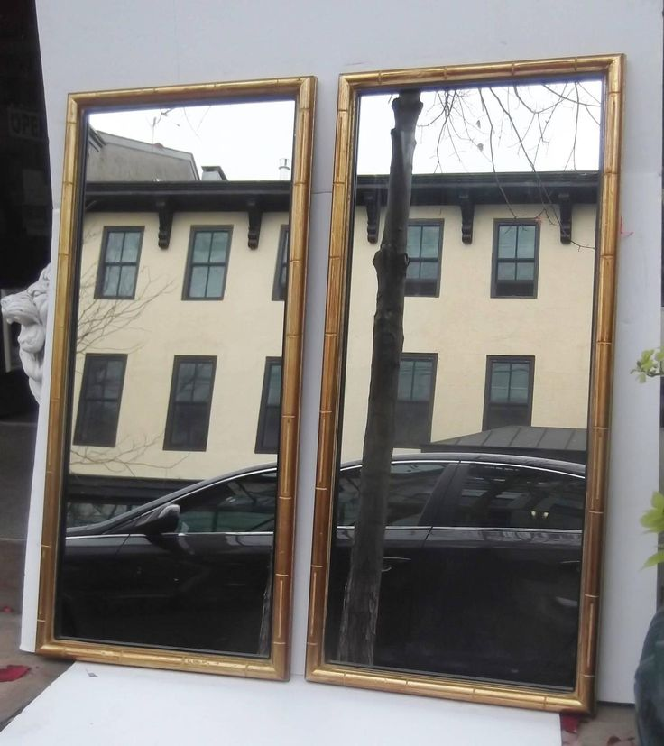 Pair of Simplistic Faux Bamboo-Framed Mirrors 7