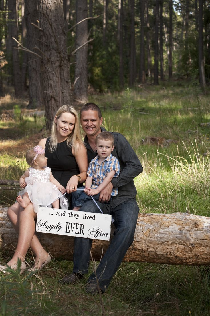 Family portraits in a secret forest SA session includes Props and all photos on high resolution on USB $420 book at elska@ihug.com.au #elska