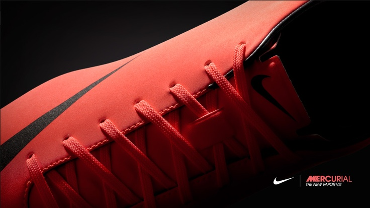 "Nuevas botas Nike Mercurial ""The New Vapor VIII""."