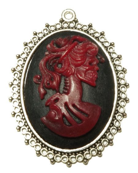 Camafeu Caveira Vintage #skull #caveira #colar #necklace #vintage #cameo #camafeu