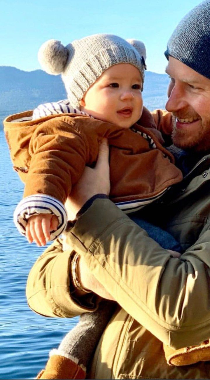 Pin By Pamela Medina Rogers On Baby Archie Prince Harry And Megan Prince Harry Royal Babies